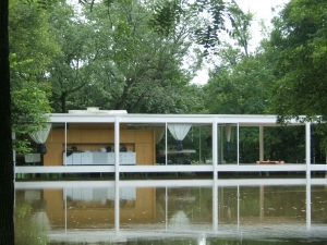 Farnsworth House Flooding in 2007