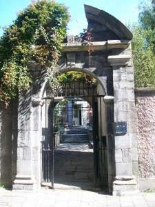 Tailors Hall Gate