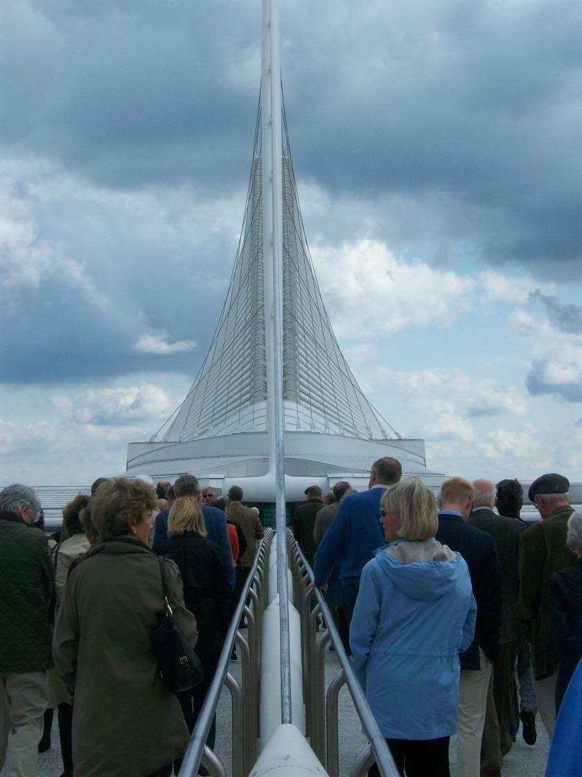 Calatrava's Milwaukee Art Museum with the sunscreen lowered