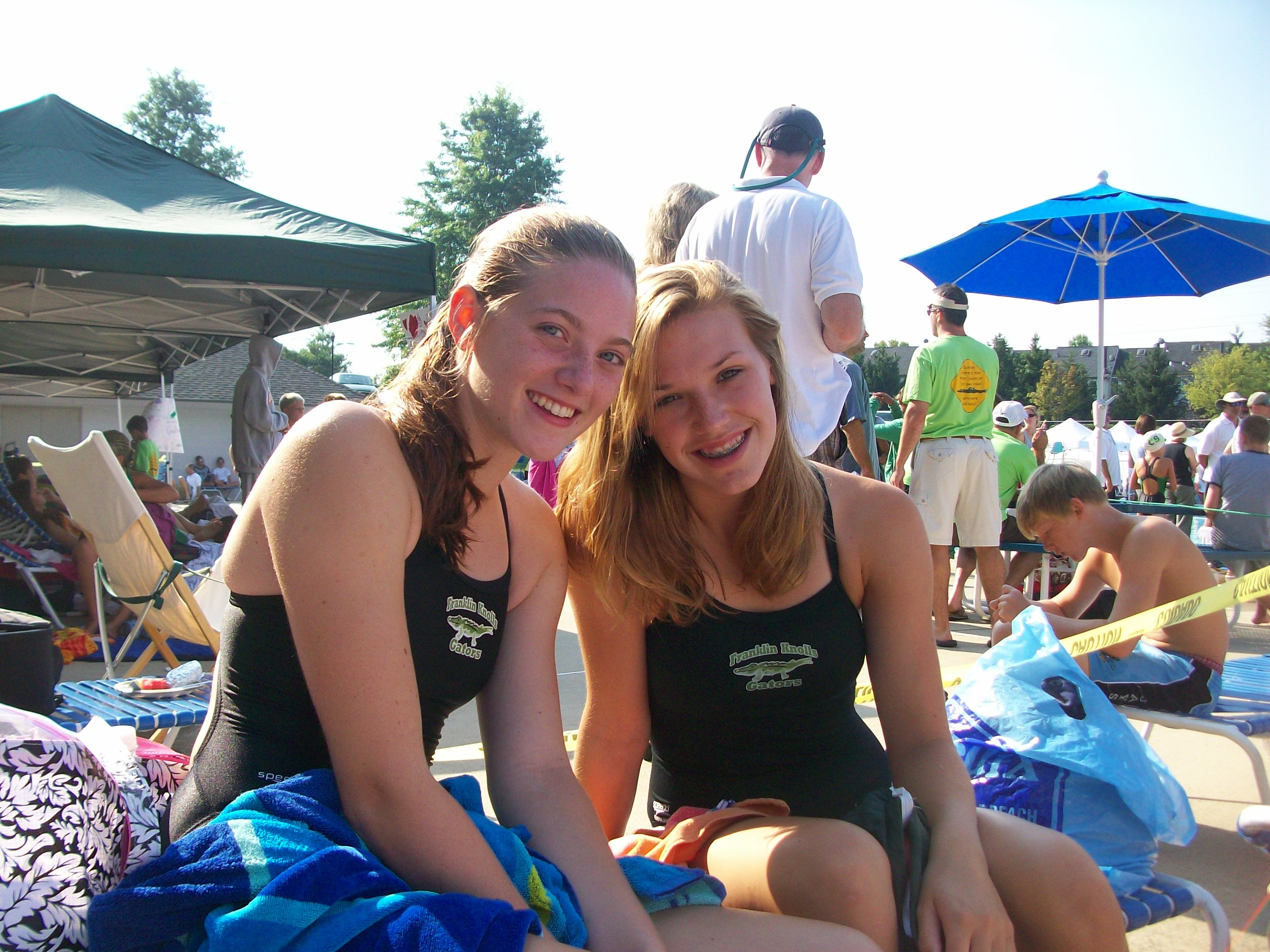 Claire (left) and Molly Branscom at the 2009 Divisionals
