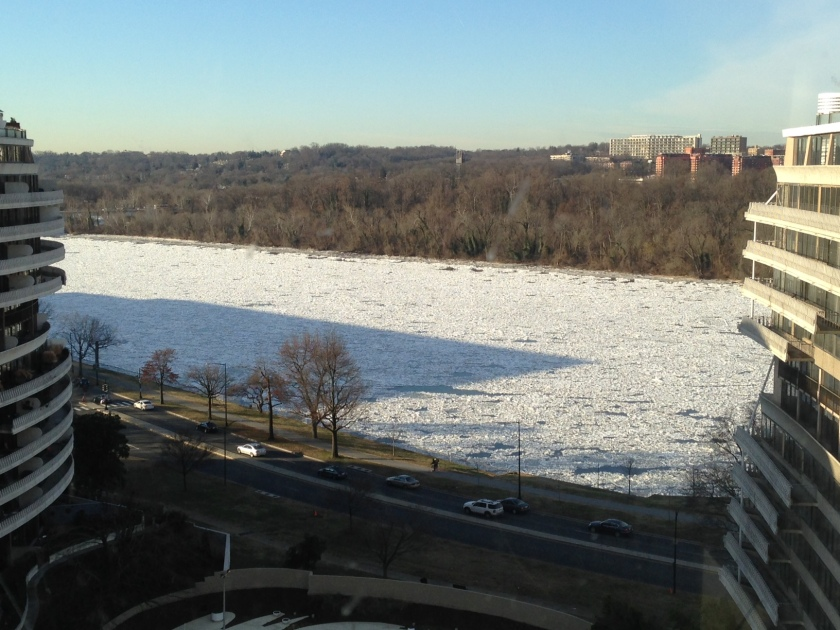 Ice on the Potomac, morning of January 8, 2014
