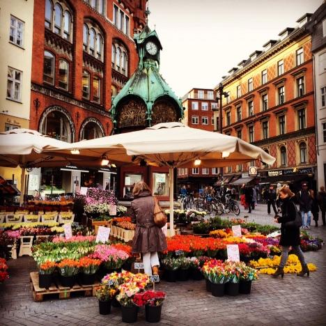 Copenhagen Square by  Claire