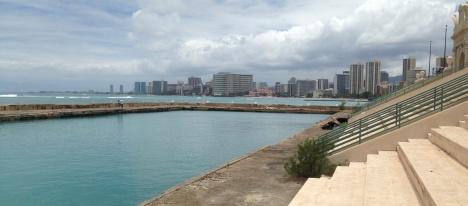 Natatorium and Waikiki Beach
