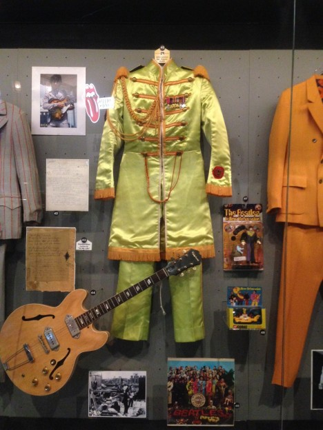 Lennon Sgt Pepper costume