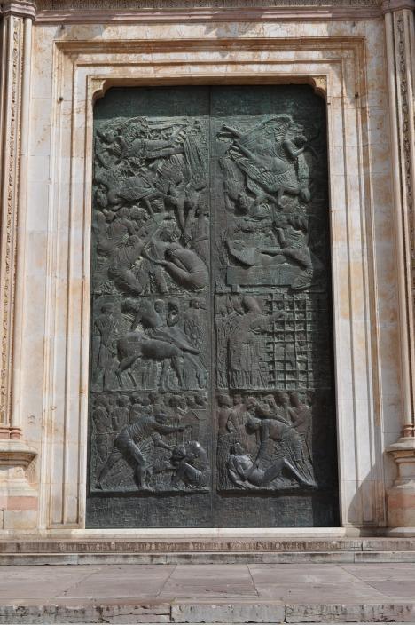 Greco doors