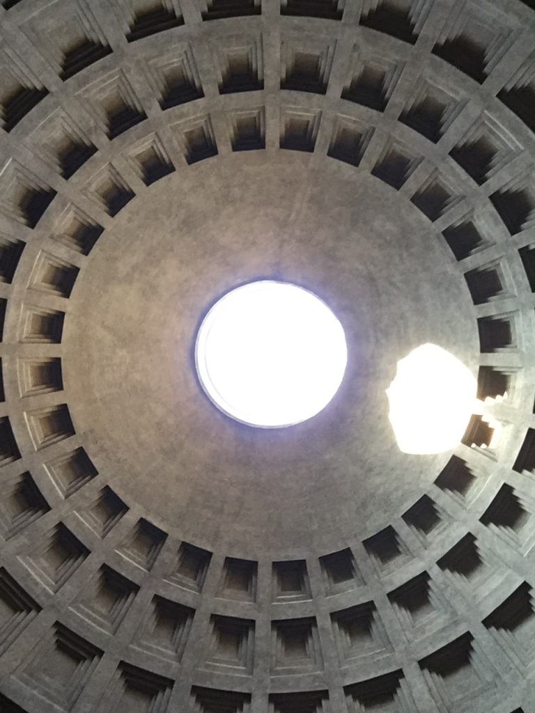 Holy Saturday light at the Pantheon