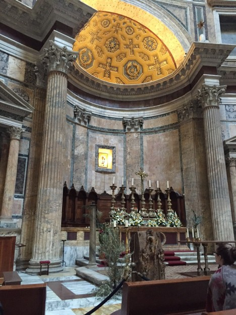 Easter decorations at the Pantheon