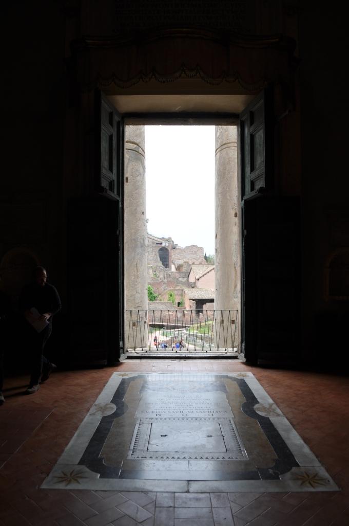 Entrance to San Lorenzo