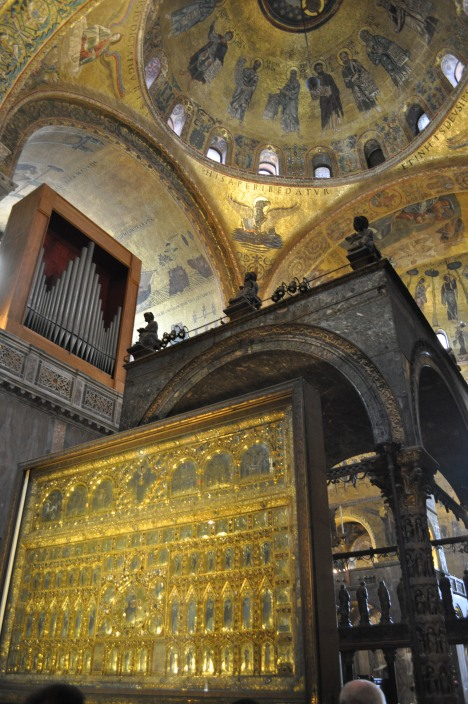 Detail from the apse at the Basilica di San Marco