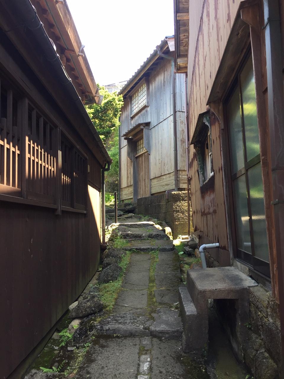 Typical lane through Shukunegi